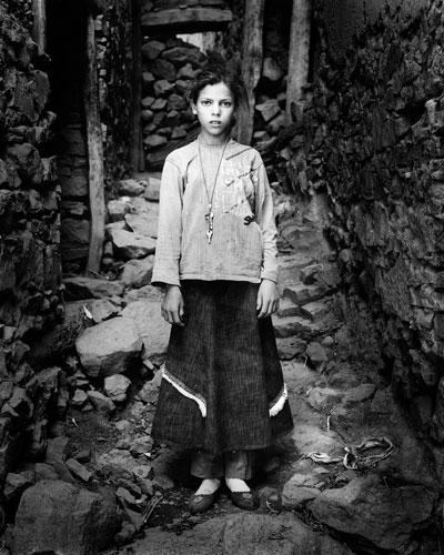 Morocco High Atlas Agoundis Tagharghist Berber girl © BartDeseyn